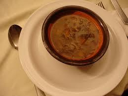 Zuppa di porcini e castagne al Nebbiolo di Valtellina